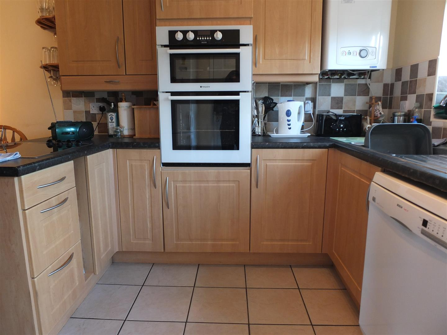 2 bed terraced house to rent in Long Sutton Spalding, PE12 9BF 2