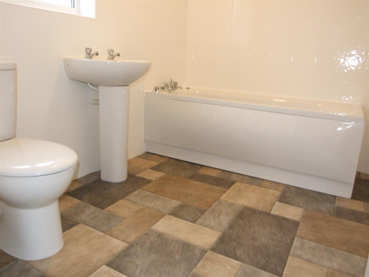 2 bed flat to rent in Sutton Bridge Spalding, PE12 9SF  - Property Image 11