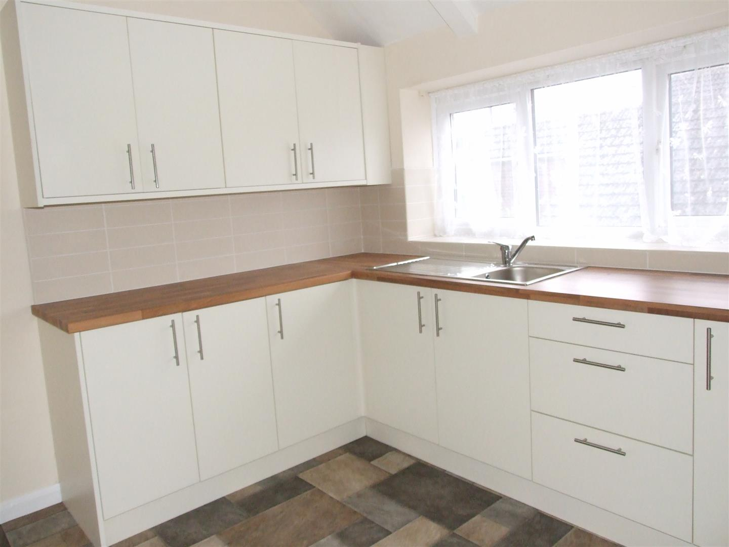 2 bed flat to rent in Sutton Bridge Spalding, PE12 9SF  - Property Image 5