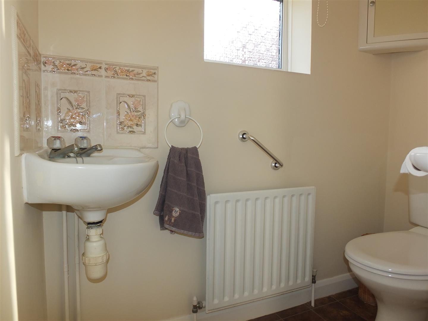 3 bed detached bungalow to rent in Spalding, PE12 9FA 3