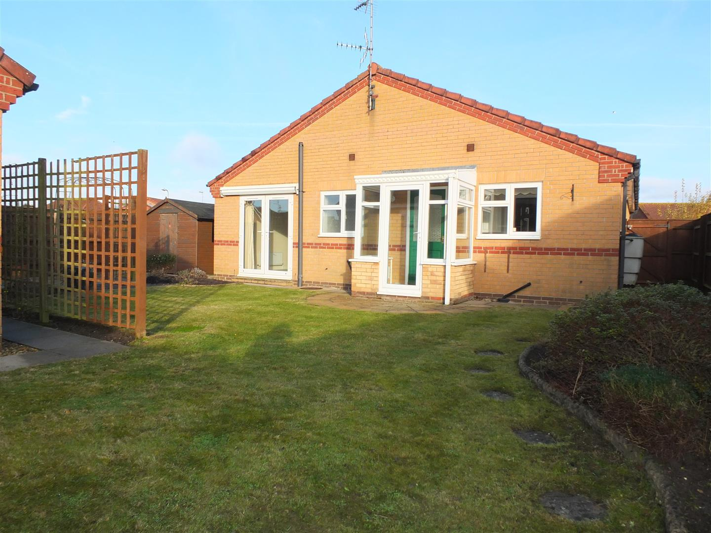 3 bed detached bungalow to rent in Spalding, PE12 9FA 9
