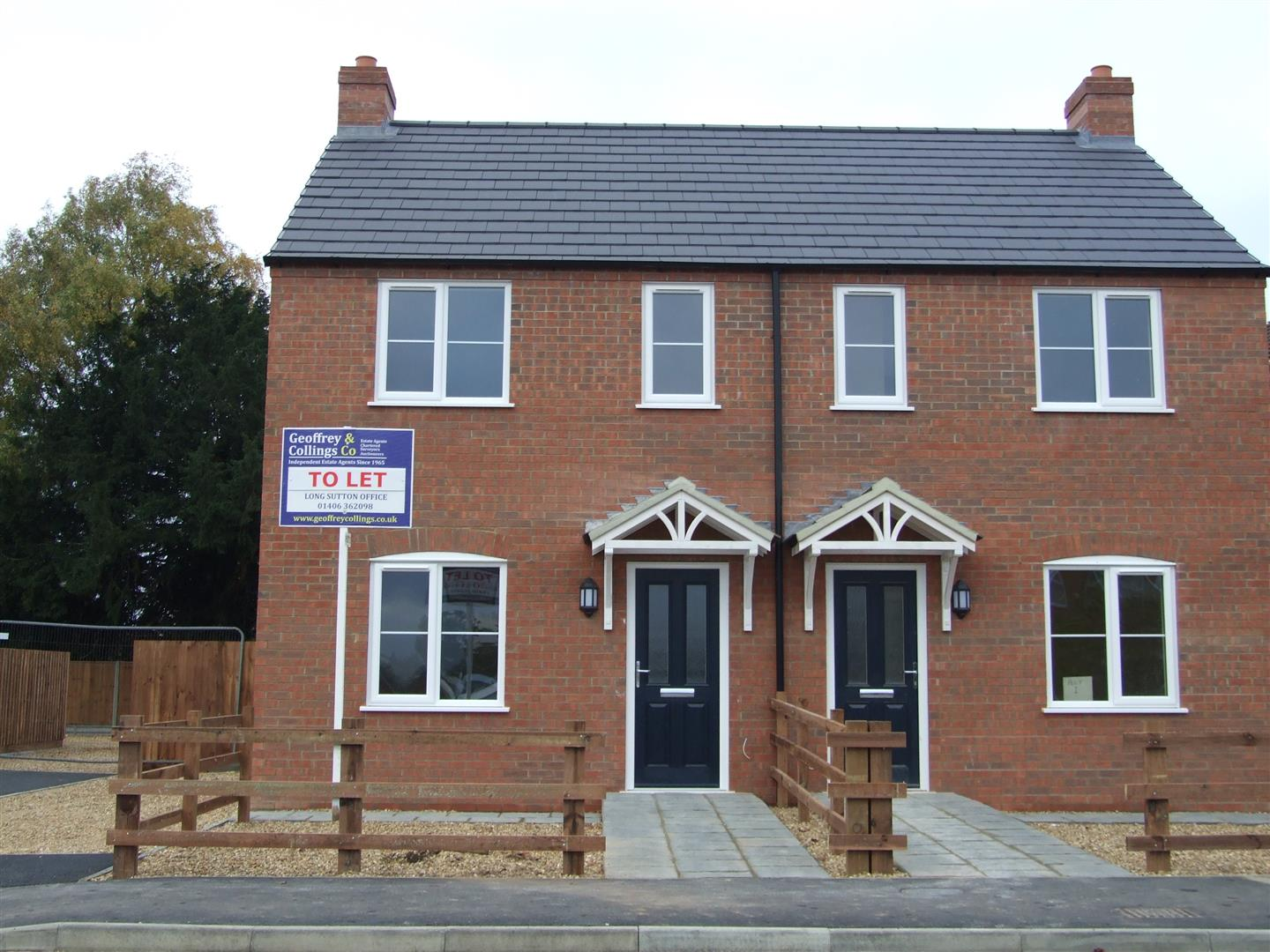 2 bed semi-detached house to rent in Long Sutton Spalding, PE12 9LE - Property Image 1