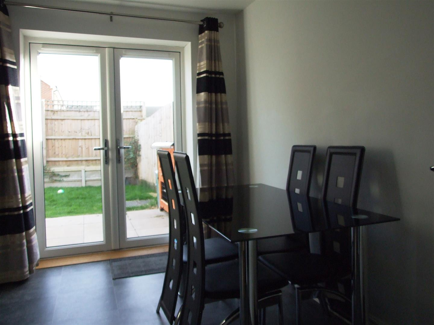 3 bed house to rent in Long Sutton, PE12 9GZ 5