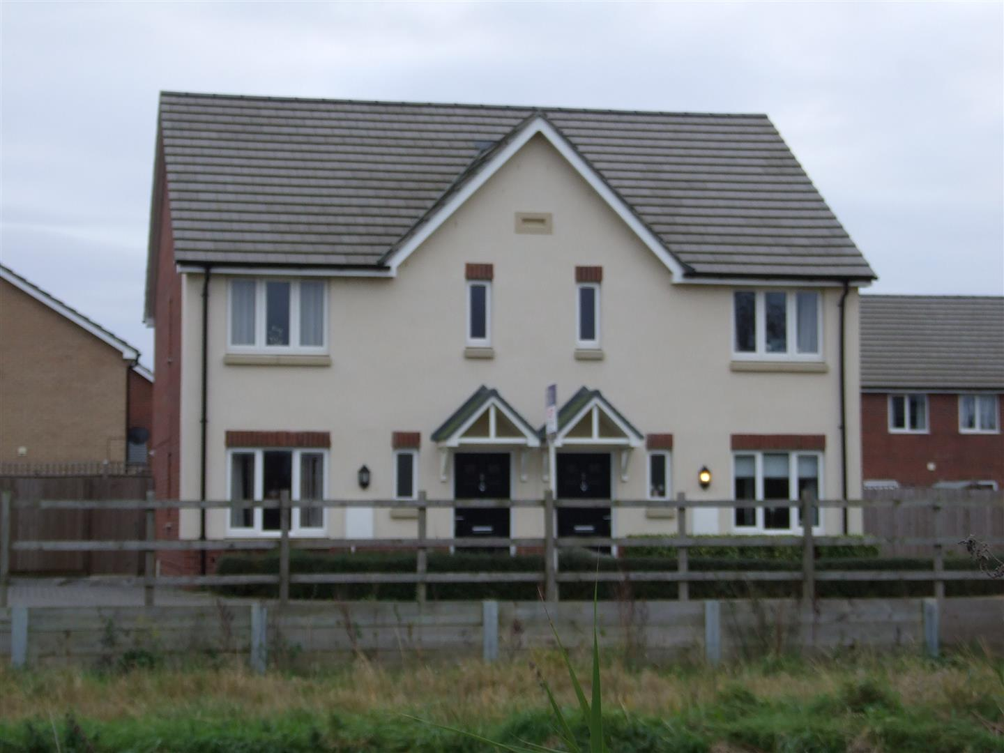 3 bed house to rent in Long Sutton, PE12 9GZ - Property Image 1