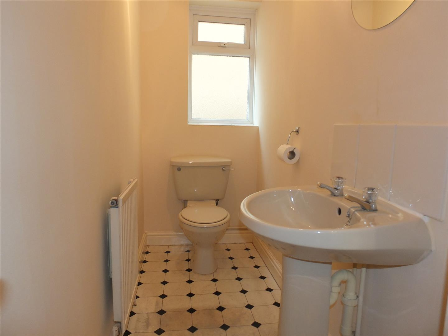 3 bed detached bungalow to rent in Stanley Drive, Sutton Bridge Spalding  - Property Image 6