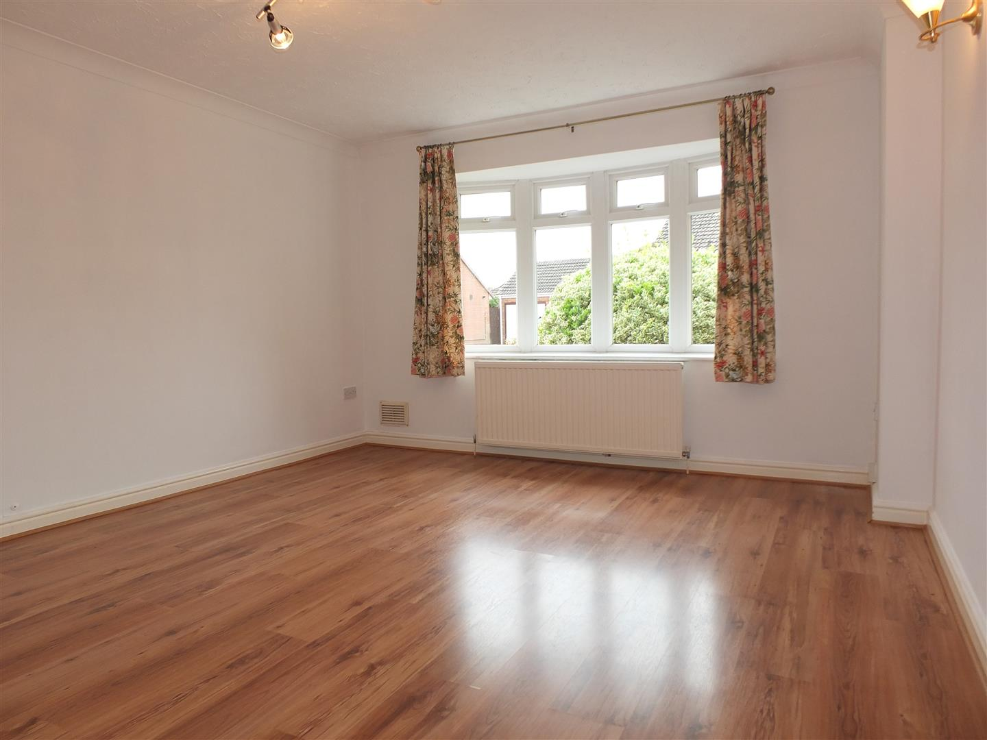 3 bed detached bungalow to rent in Stanley Drive, Sutton Bridge Spalding  - Property Image 4