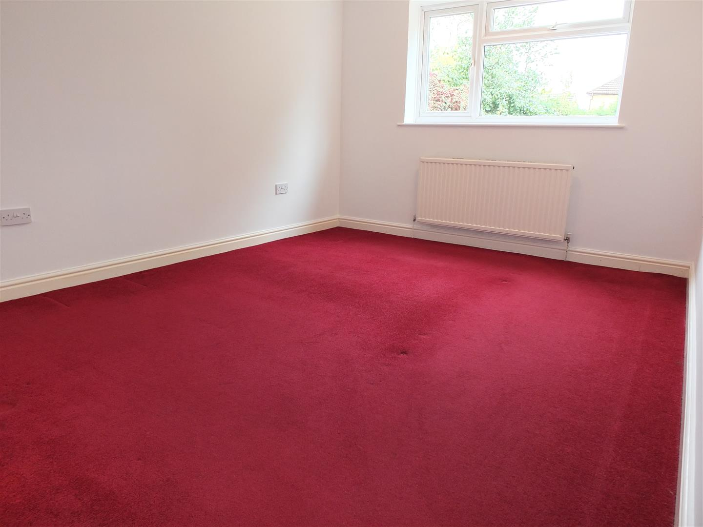 3 bed detached bungalow to rent in Stanley Drive, Sutton Bridge Spalding  - Property Image 7