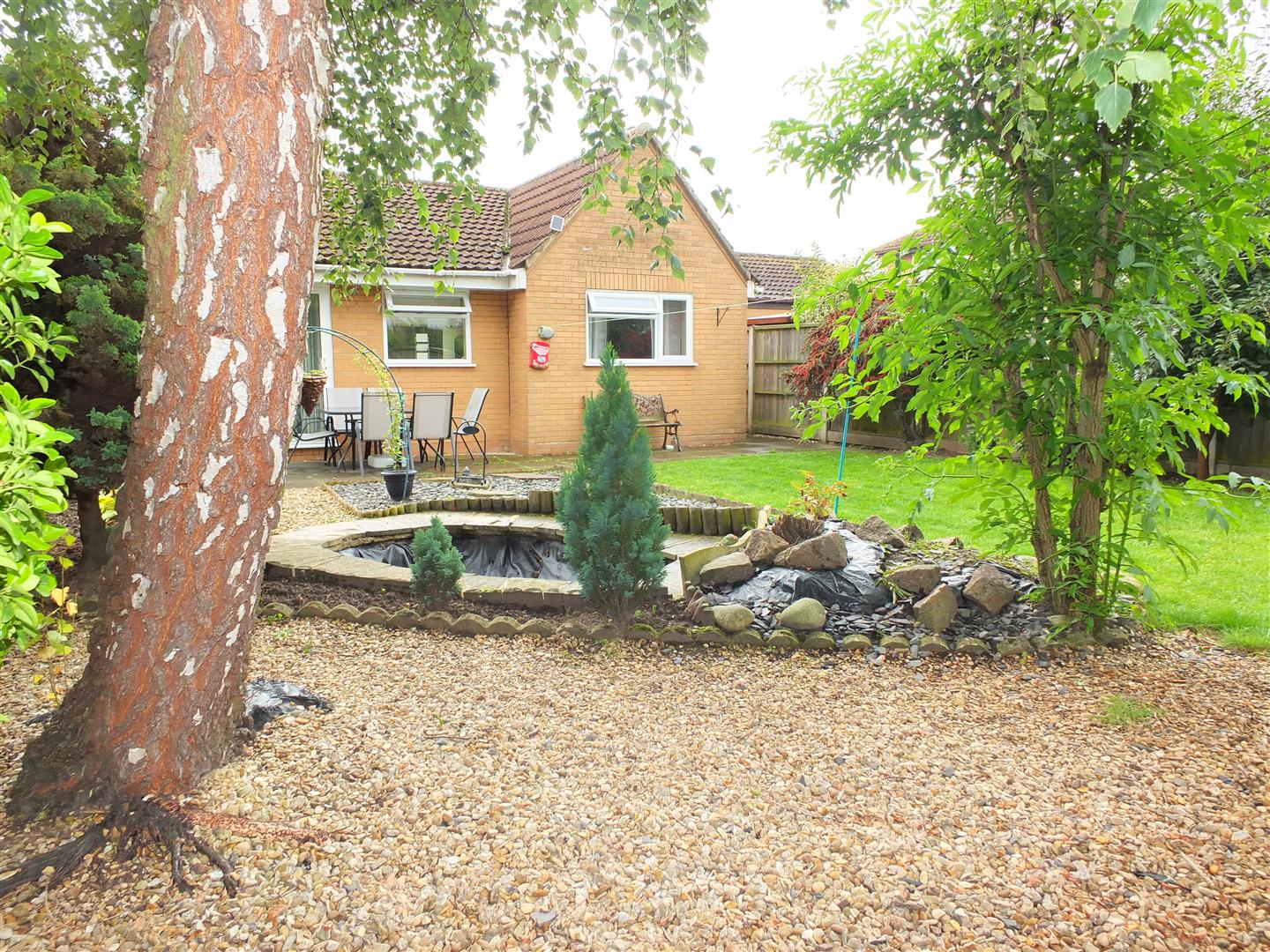3 bed detached bungalow to rent in Stanley Drive, Sutton Bridge Spalding  - Property Image 13