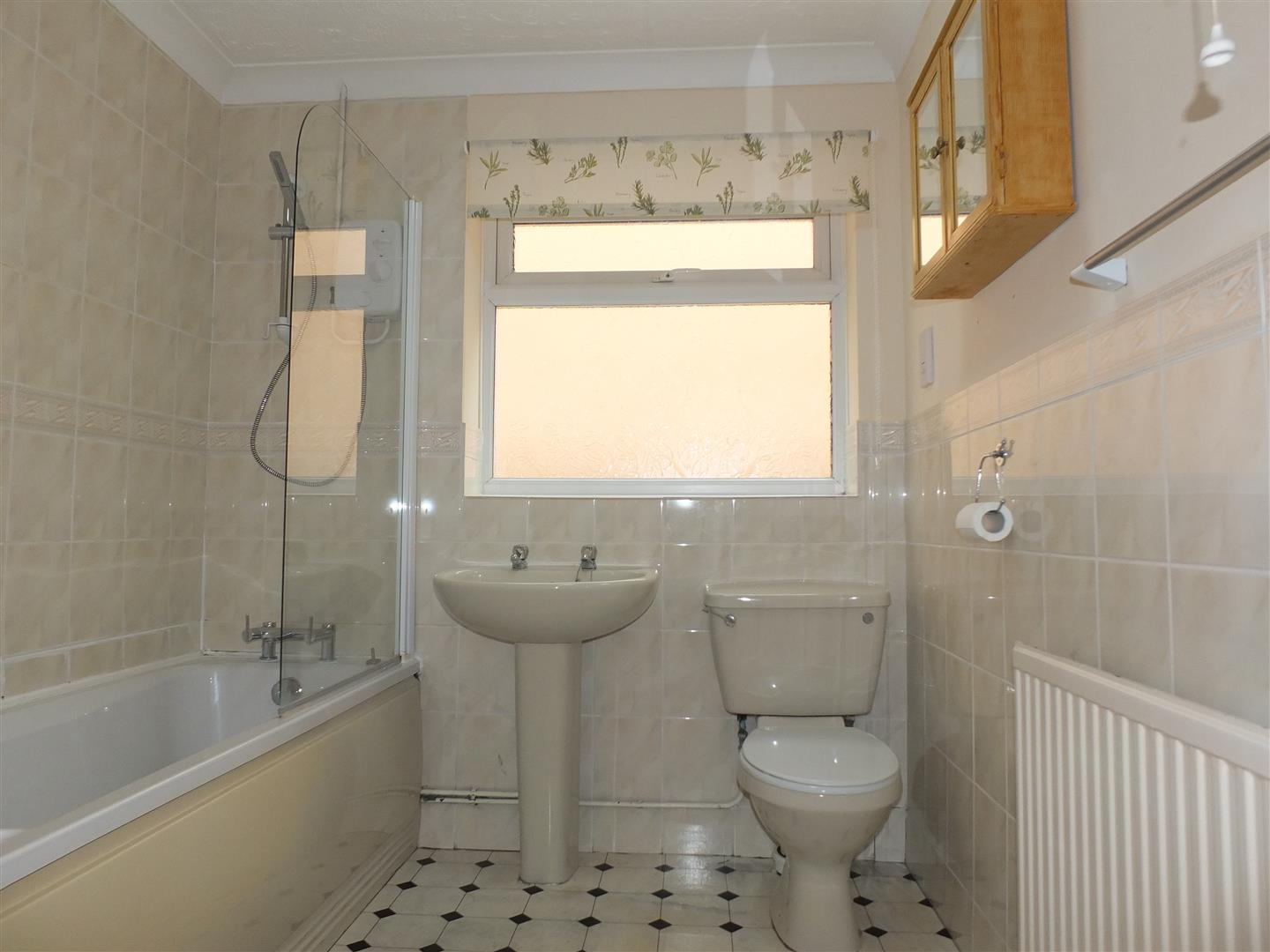 3 bed detached bungalow to rent in Stanley Drive, Sutton Bridge Spalding  - Property Image 10