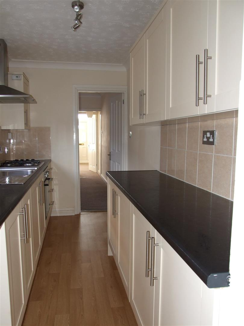 3 bed house to rent in Little London, Long Sutton Spalding 2