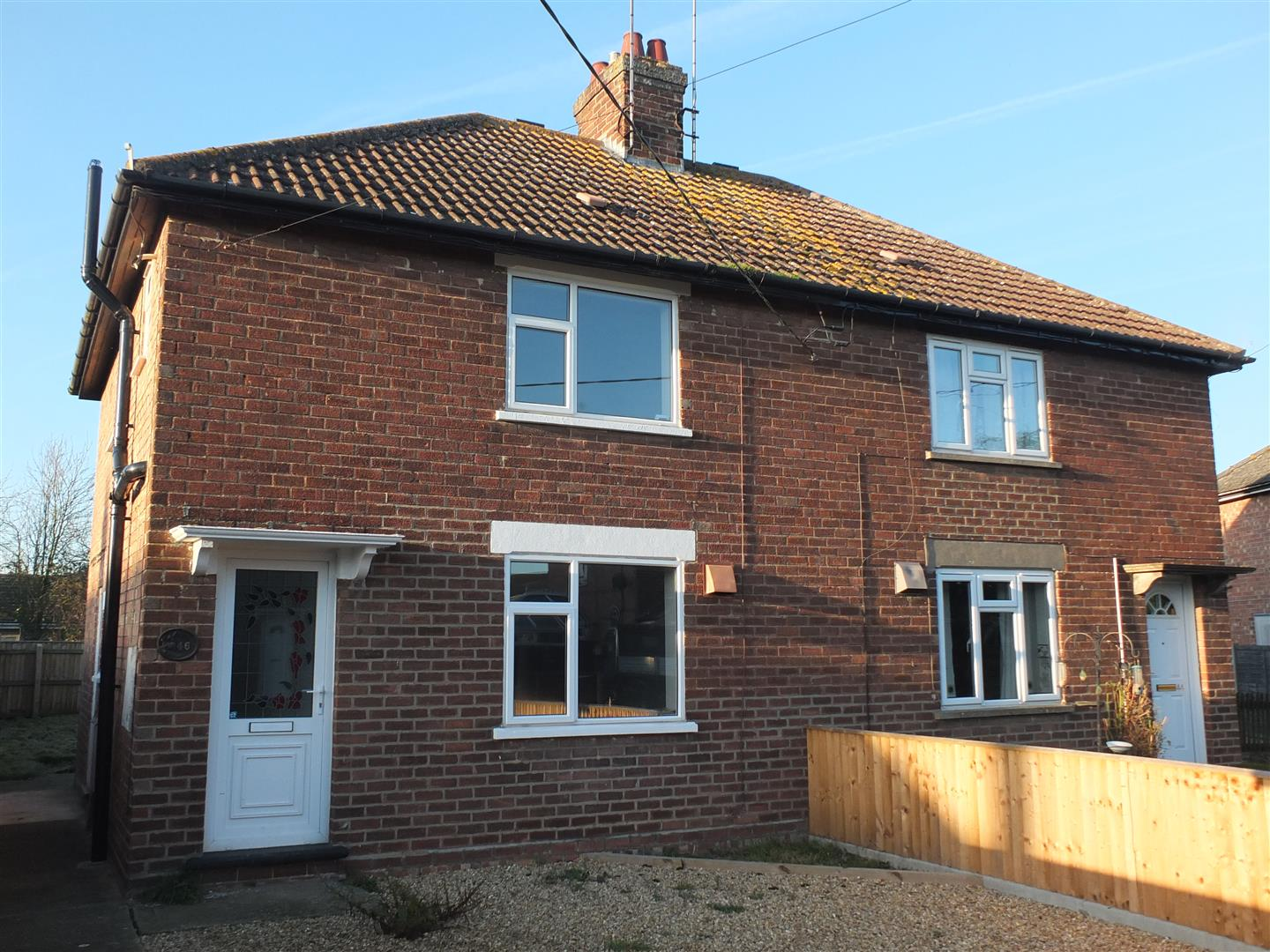 3 bed semi-detached house to rent in Long Sutton Spalding, PE12 9BT  - Property Image 1