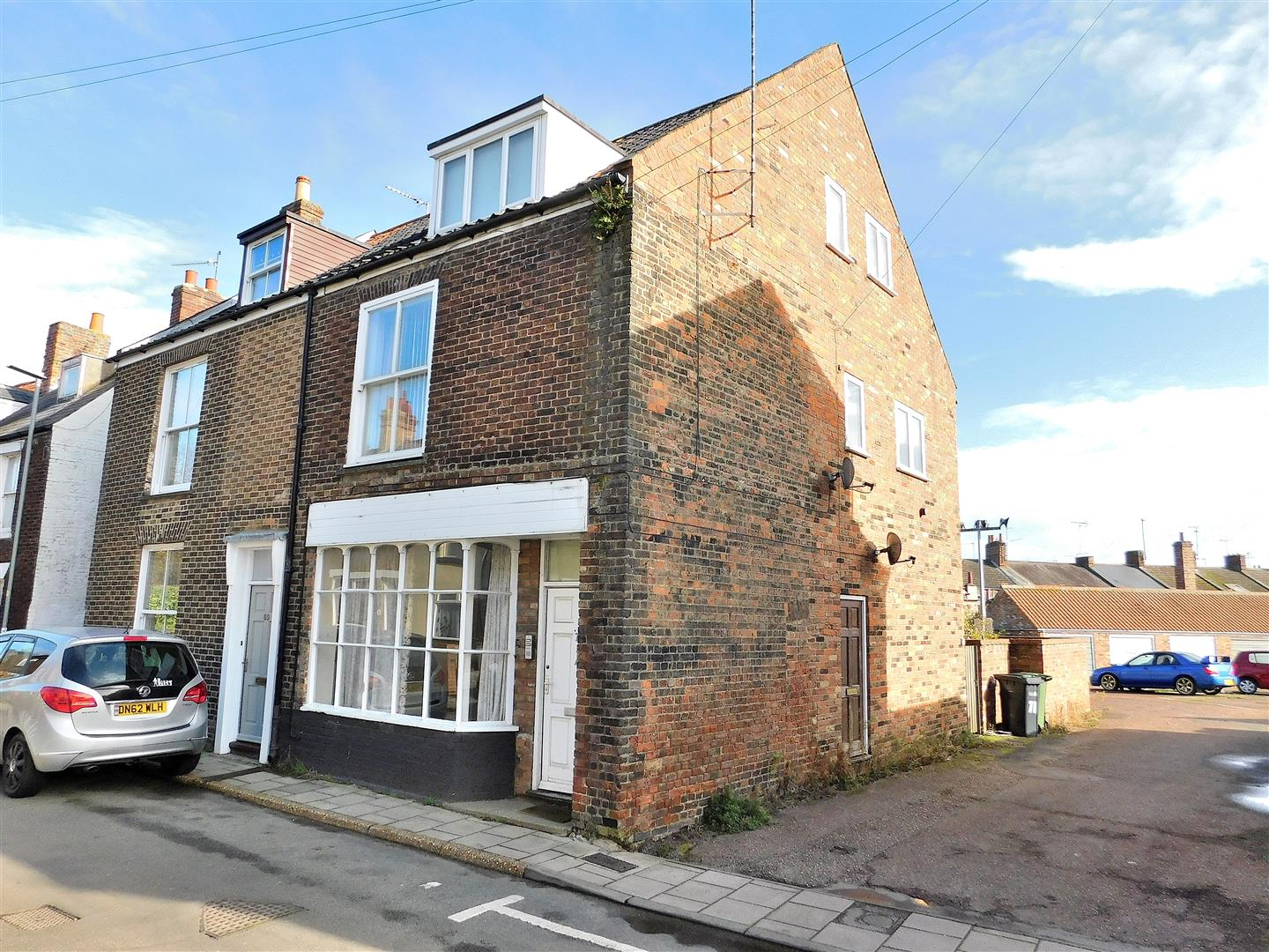 2 bed flat for sale in Friars Street, King's Lynn, PE30