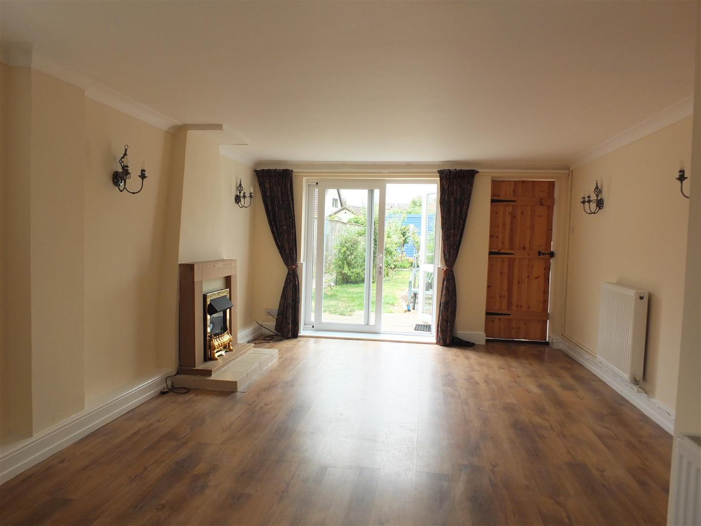 2 bed house to rent in Long Sutton Spalding, PE12 9DH  - Property Image 2