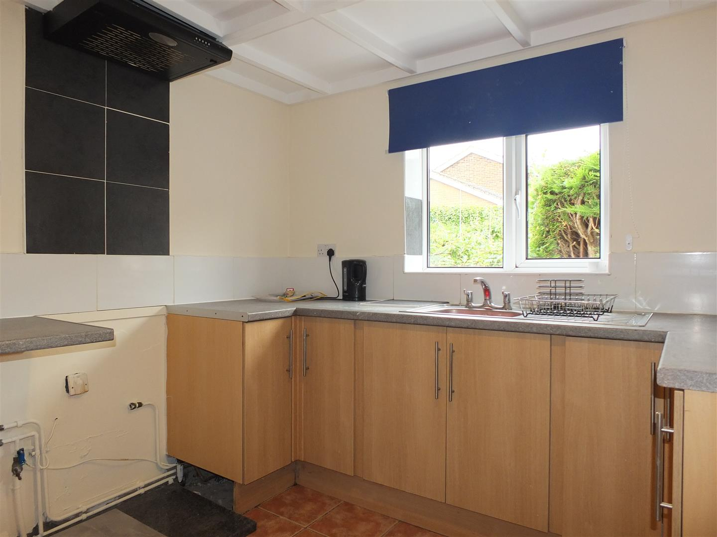 2 bed house to rent in Long Sutton Spalding, PE12 9DH 3