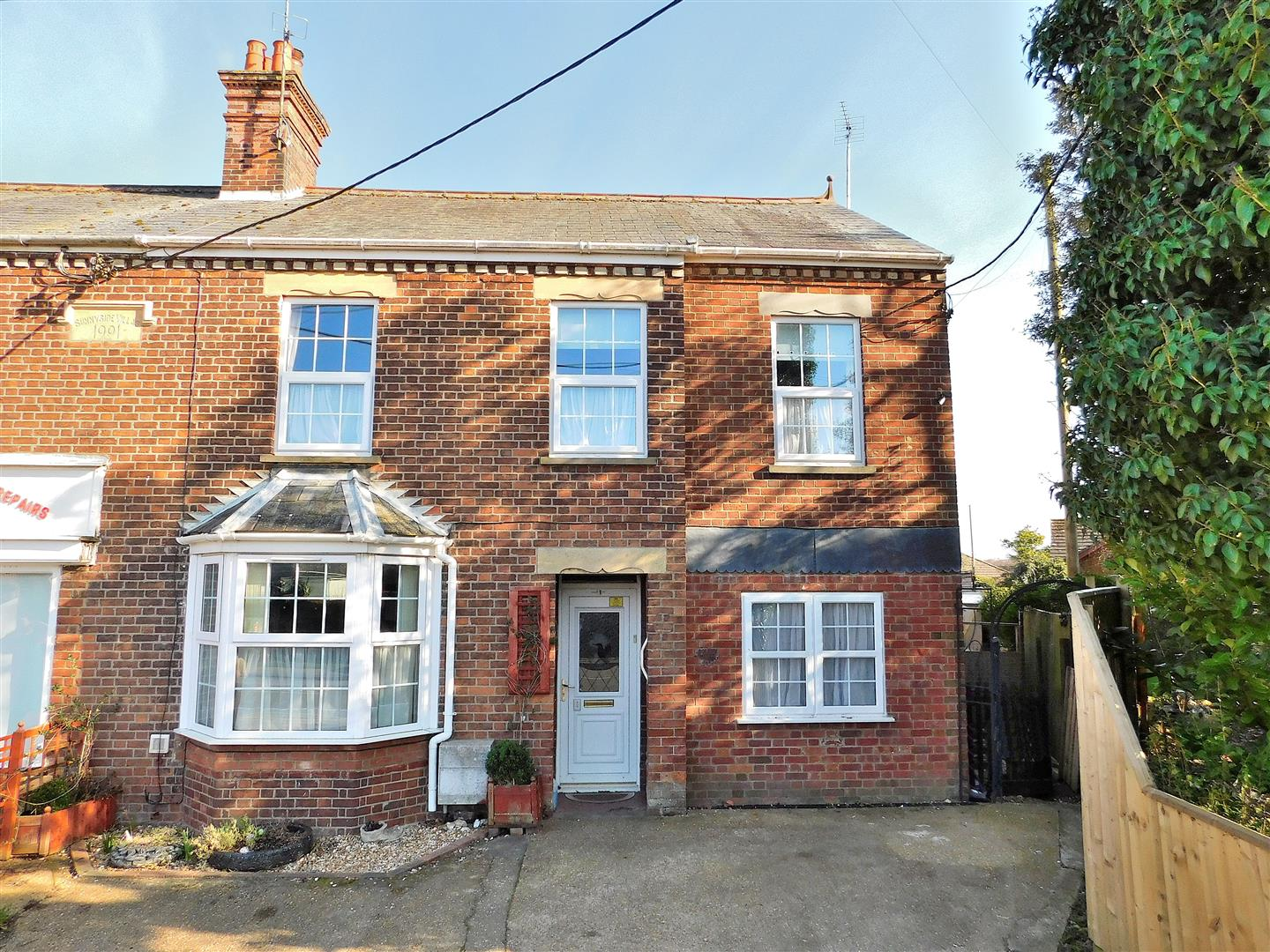 3 bed semi-detached house for sale in Lynn Road, King's Lynn  - Property Image 1