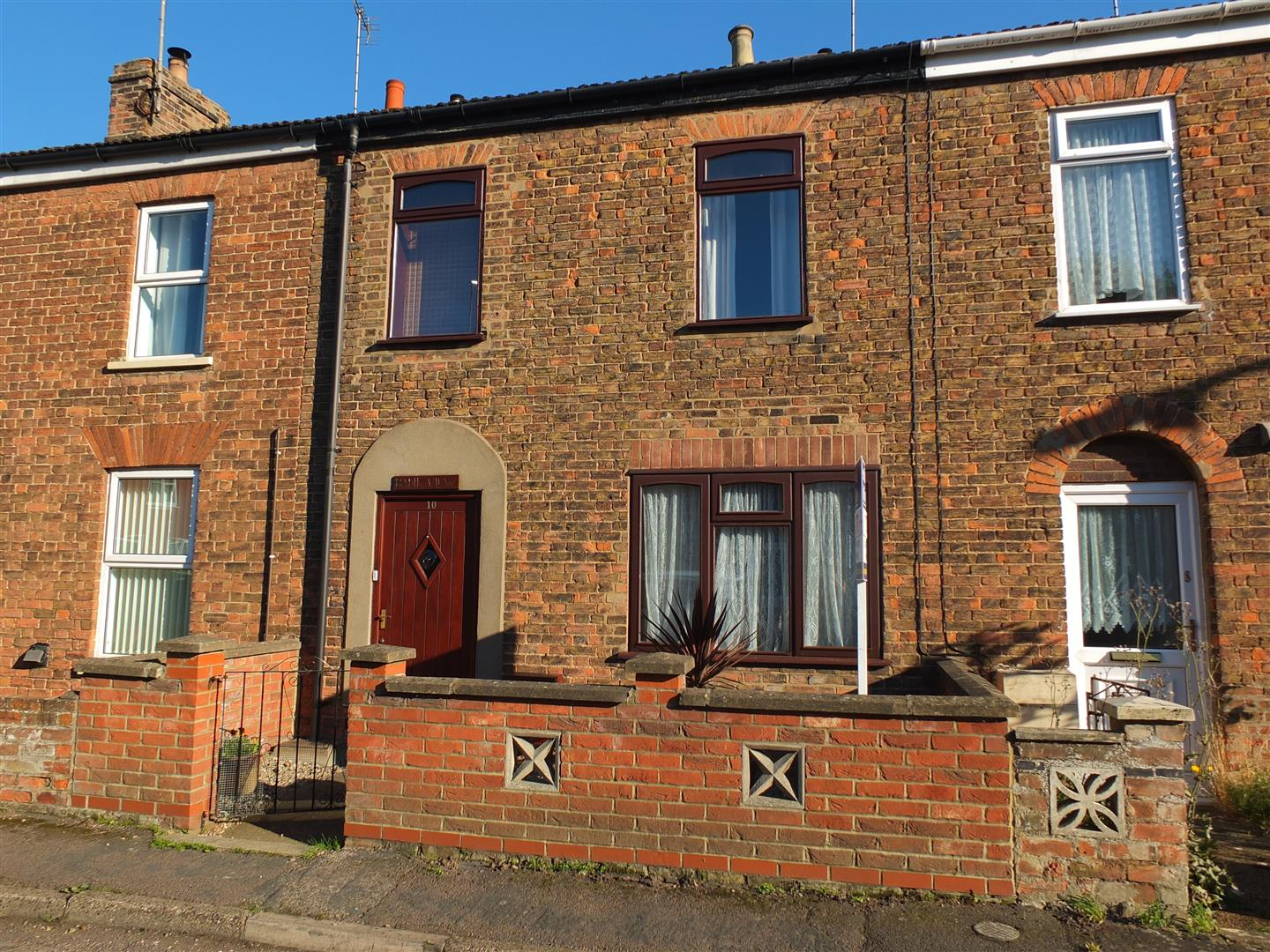 3 bed house to rent in Custom House Street, Sutton Bridge Spalding, PE12