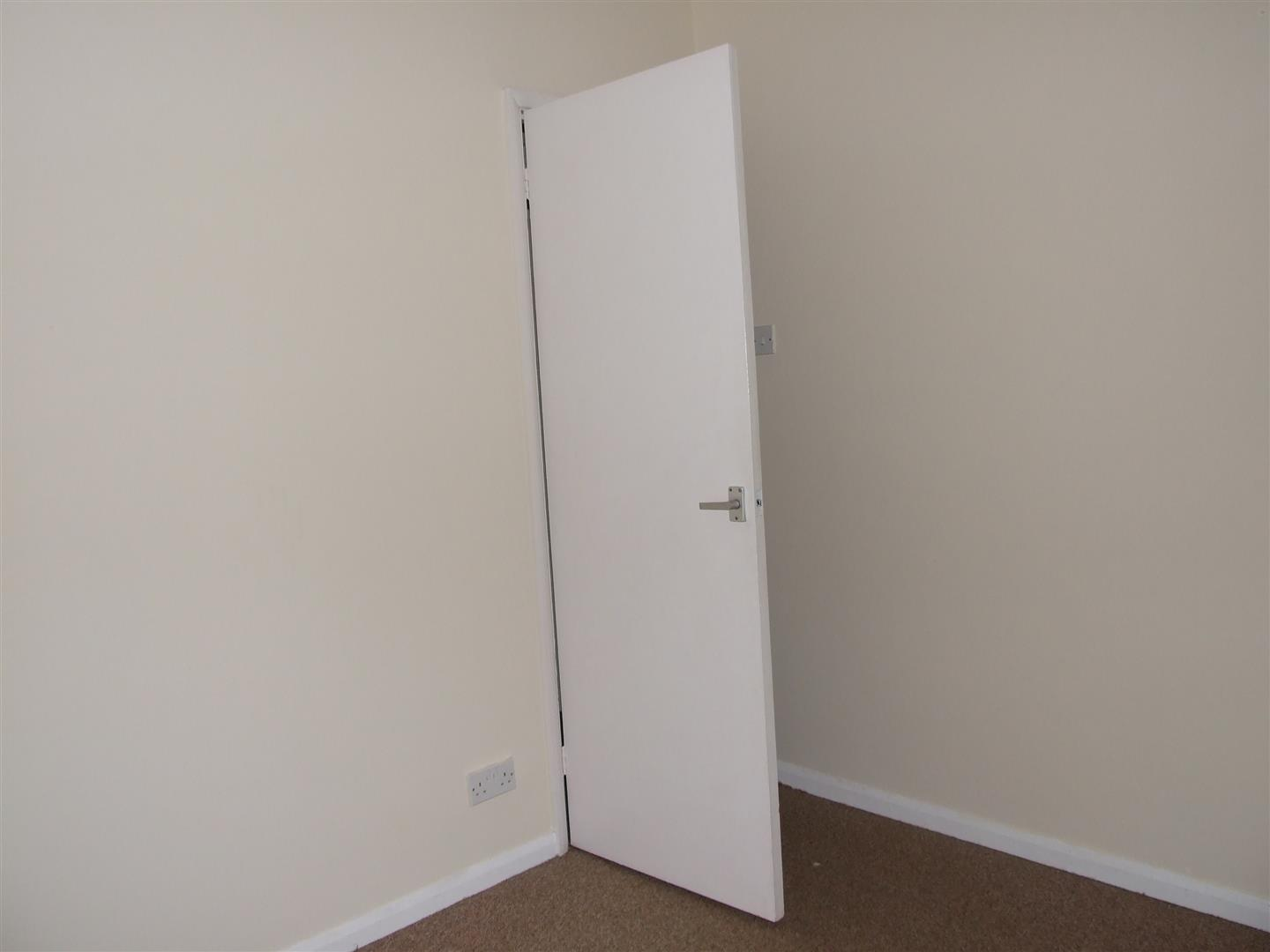 2 bed house to rent in Custom House Street, Sutton Bridge Spalding 12