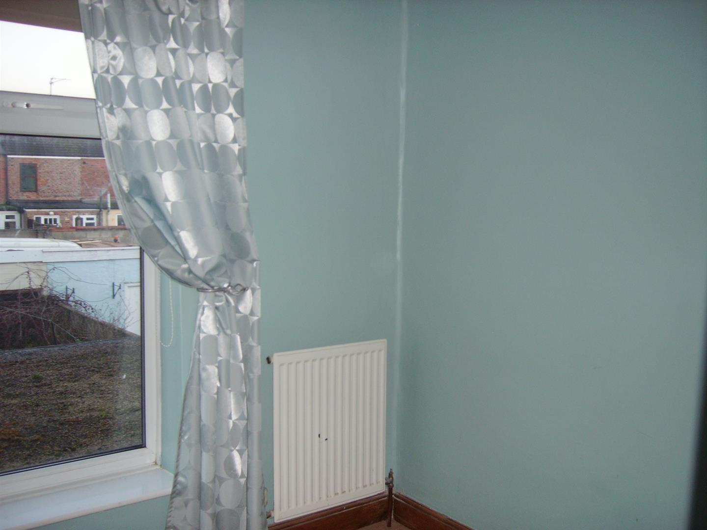 2 bed terraced house to rent in Sutton Bridge Spalding, PE12 9SR  - Property Image 7