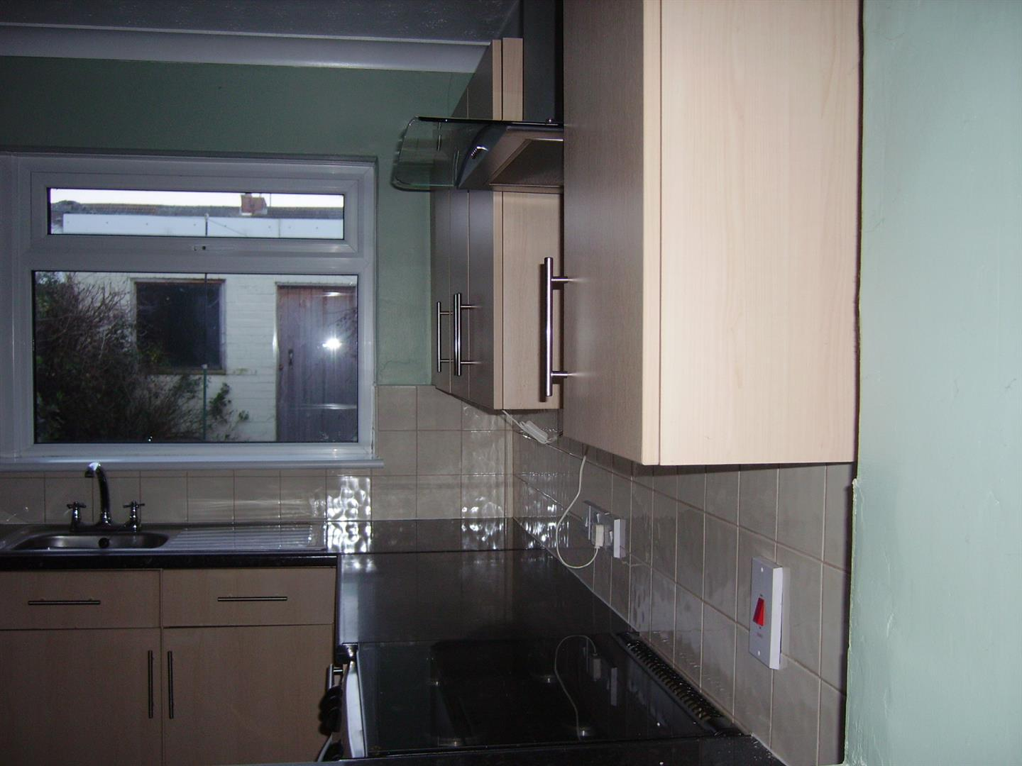 2 bed terraced house to rent in Sutton Bridge Spalding, PE12 9SR  - Property Image 4