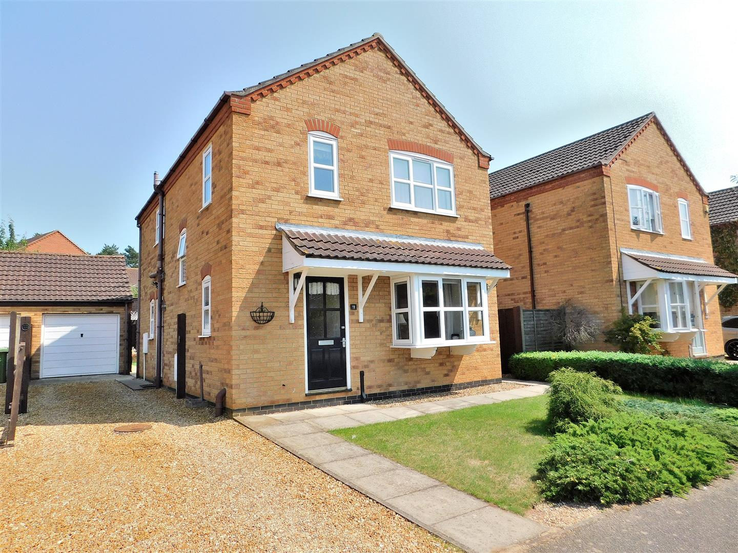 4 bed detached house for sale in Kerrich Close, King's Lynn - Property Image 1