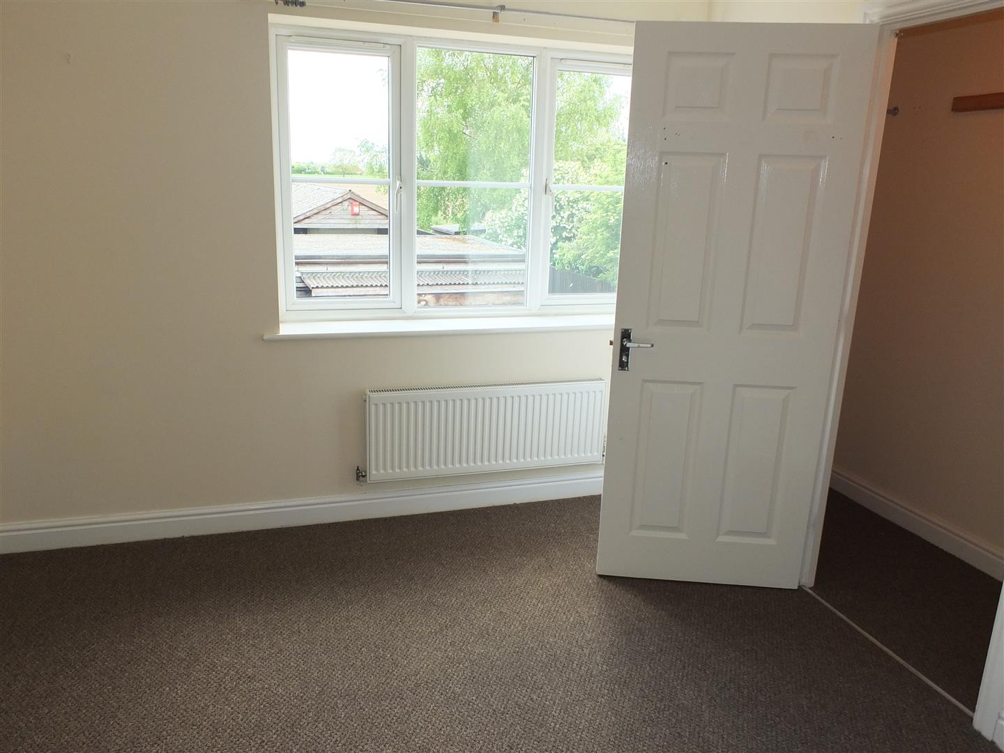 3 bed house to rent in London Road, Lincs 5