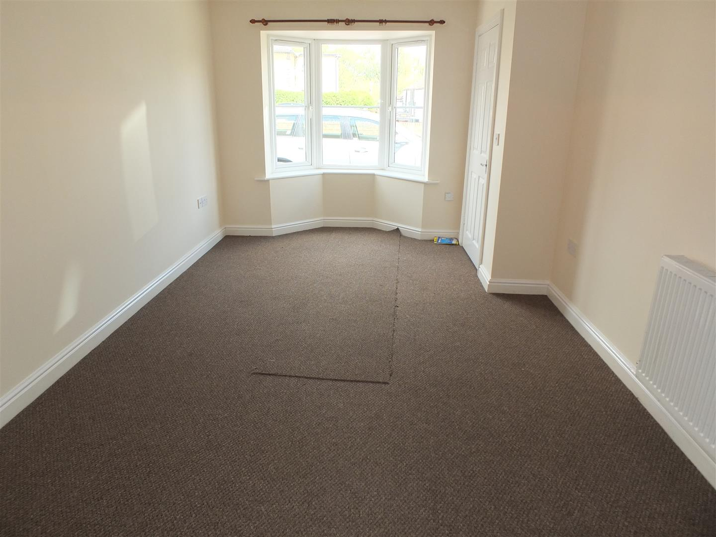 3 bed house to rent in London Road, Lincs 1