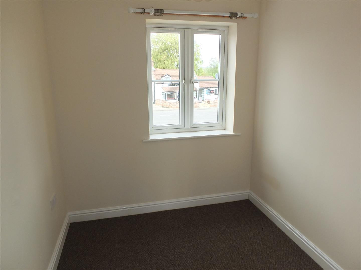 3 bed house to rent in London Road, Lincs 6