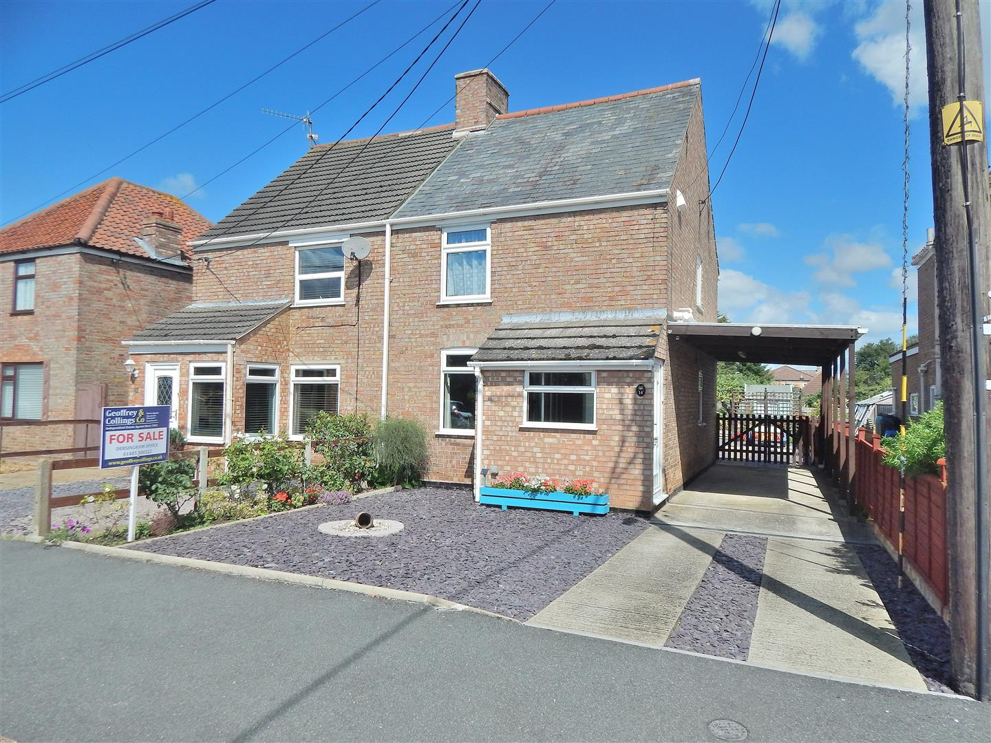3 bed semi-detached house for sale in White Horse Drive, King's Lynn  - Property Image 1