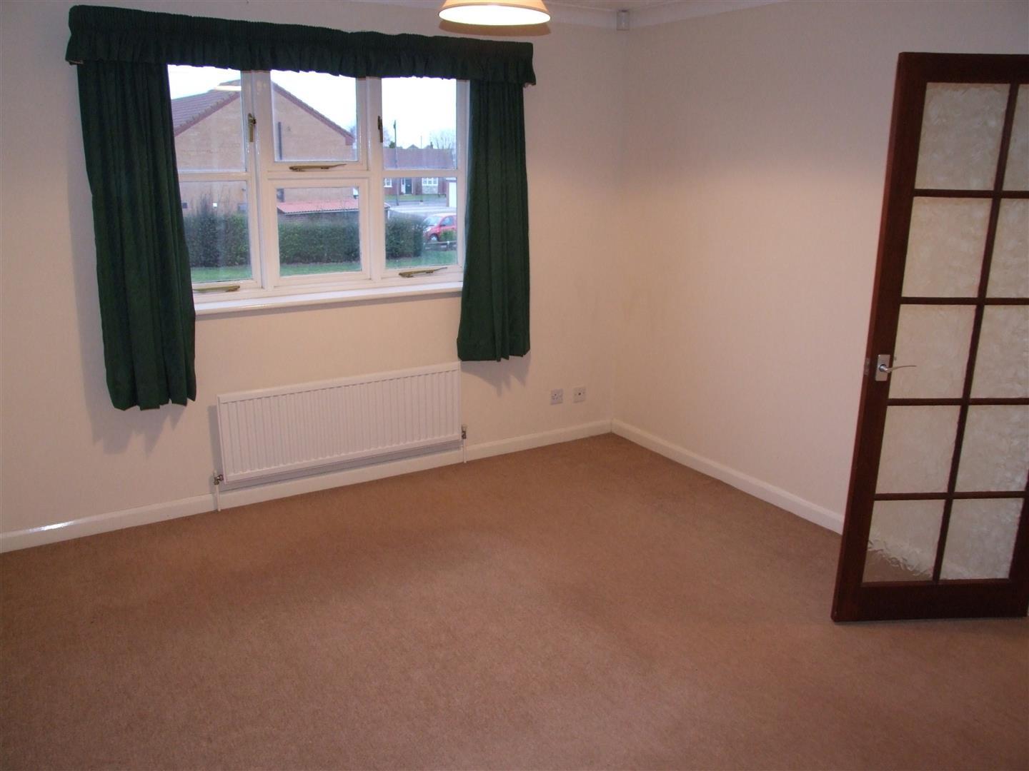 1 bed maisonette to rent in Long Sutton Spalding, PE12 9RR 2