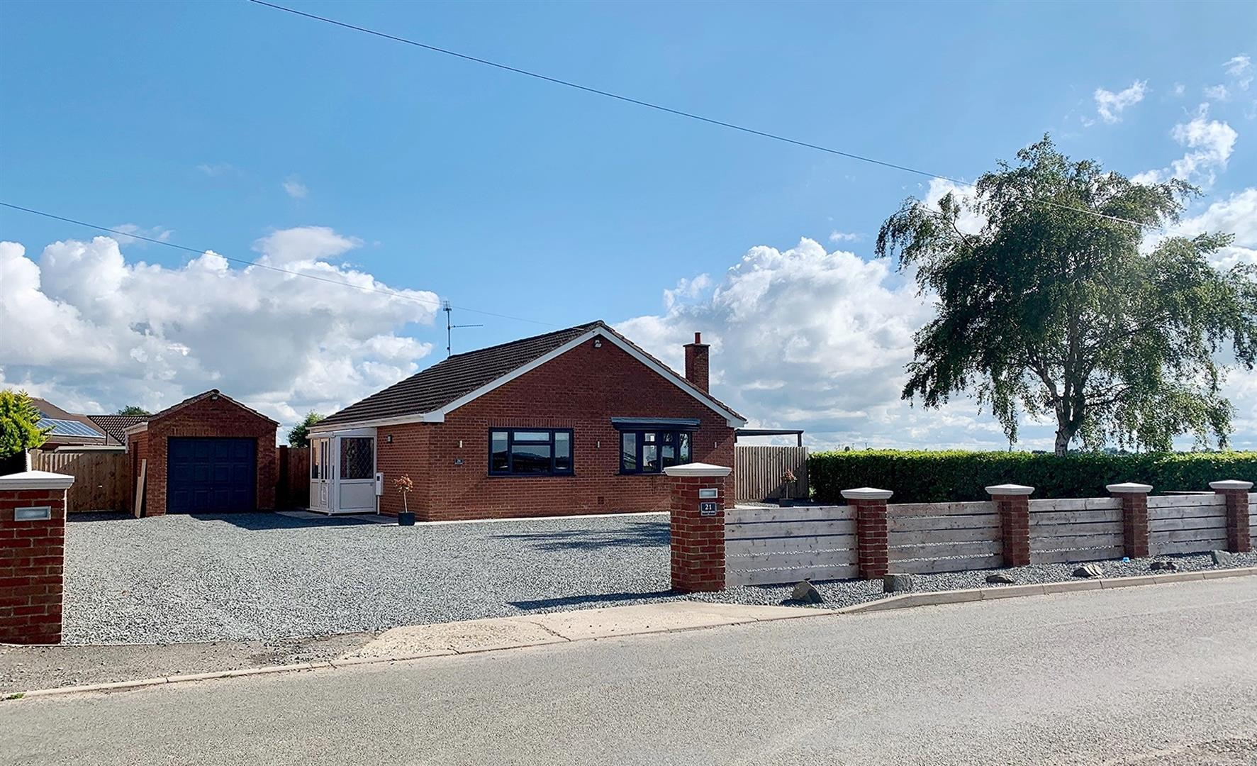 2 bed detached bungalow for sale in Lutton Spalding, PE12 9NU - Property Image 1