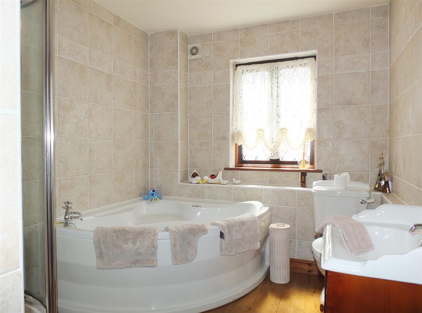 5 bed detached house for sale in Boston, PE20 2DB 22