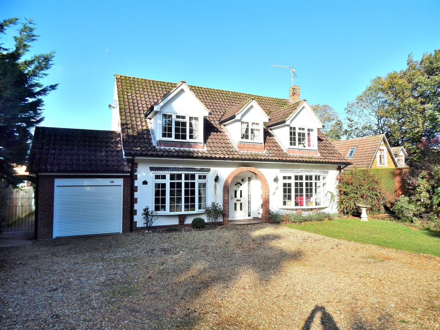 4 bed detached house for sale in Hunstanton Road, King's Lynn  - Property Image 1
