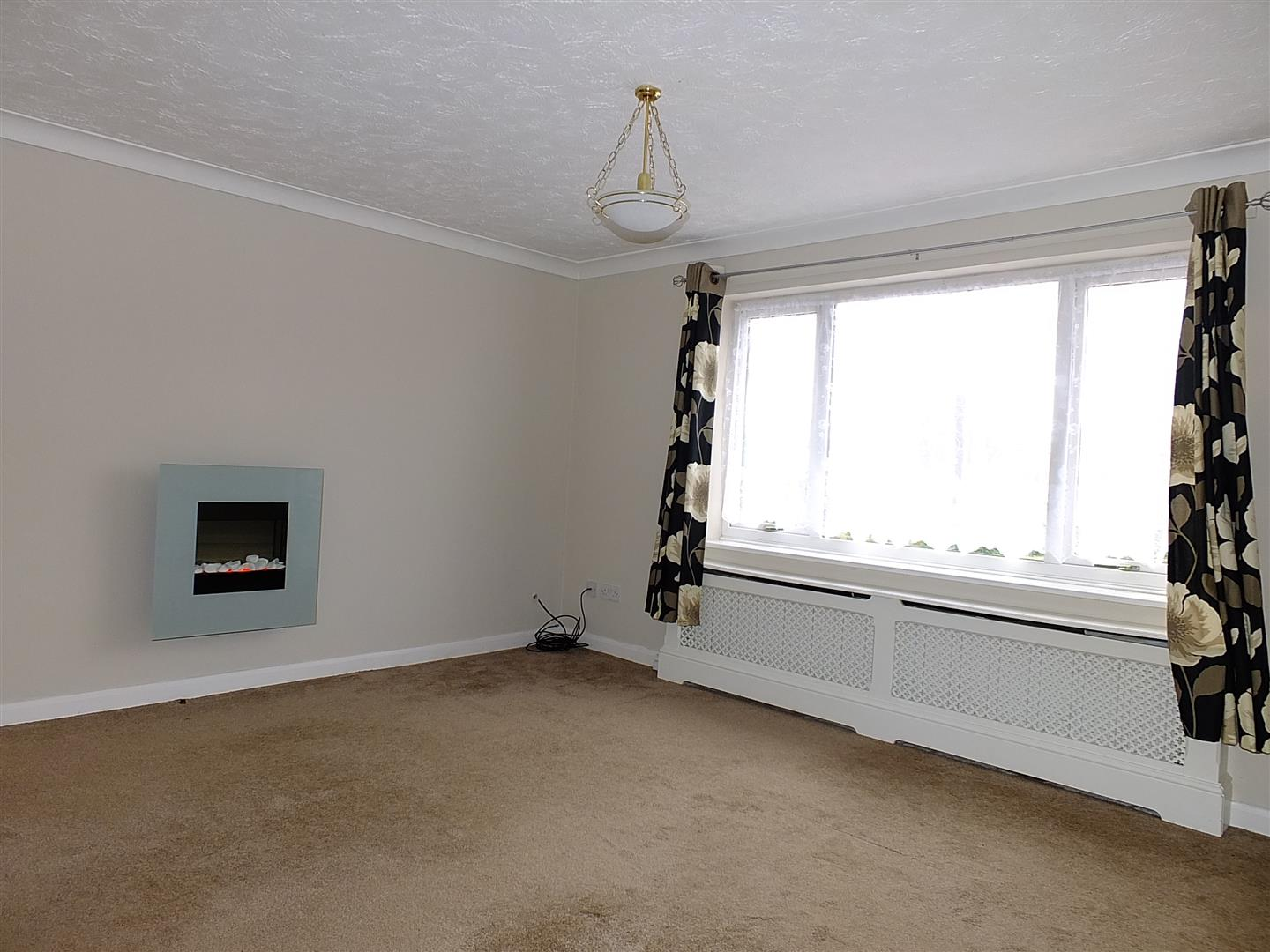 3 bed detached bungalow to rent in Long Sutton Spalding, PE12 9LY 2