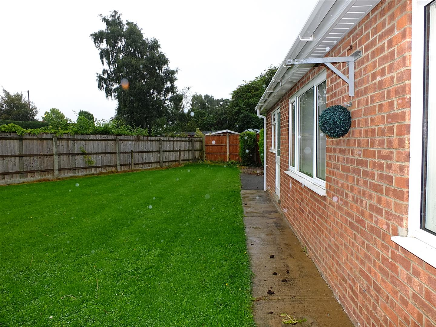 3 bed detached bungalow to rent in Long Sutton Spalding, PE12 9LY  - Property Image 18