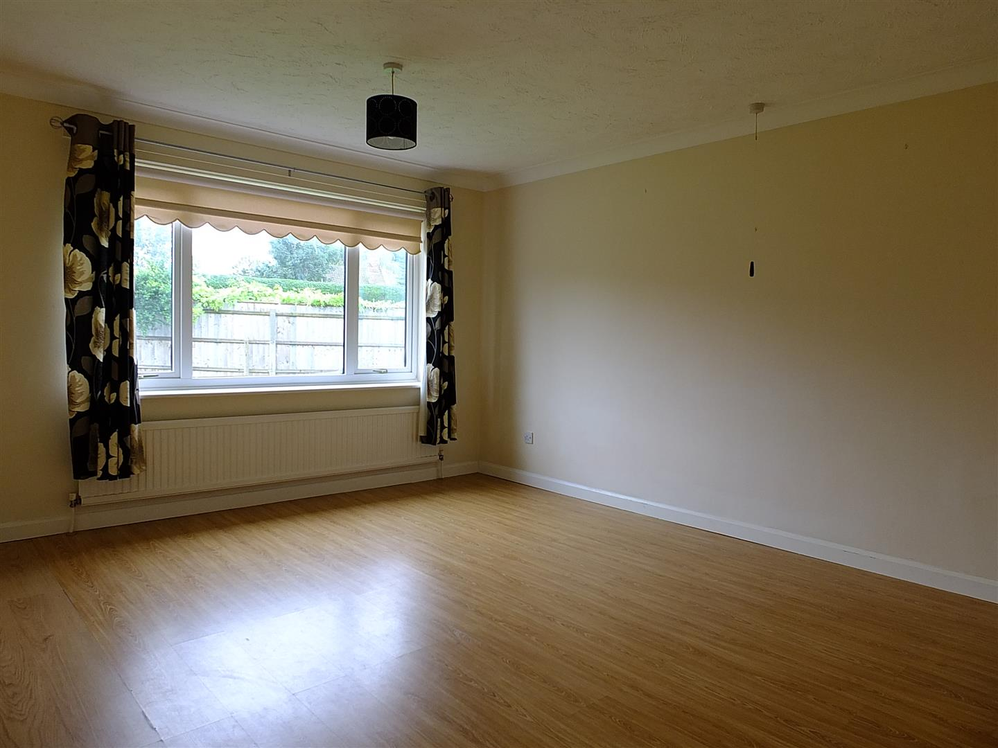 3 bed detached bungalow to rent in Long Sutton Spalding, PE12 9LY  - Property Image 13
