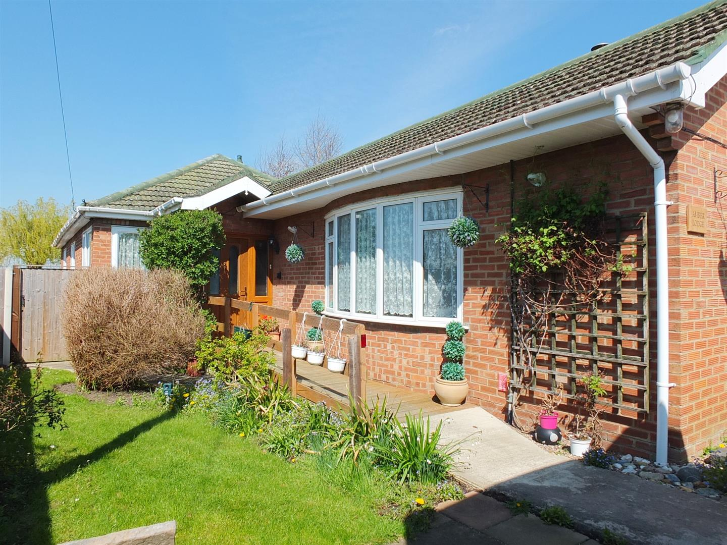 4 bed detached bungalow for sale in Main Street, Gedney Dyke Spalding, PE12