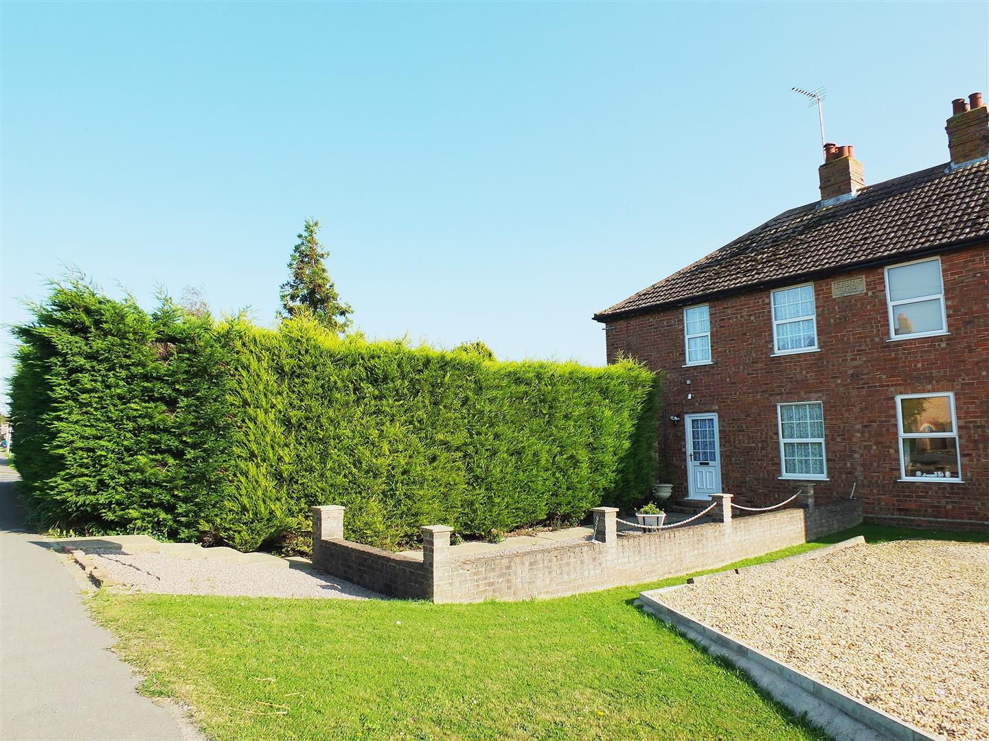 3 bed semi-detached house for sale in Sutton St. James Spalding, PE12 0EF - Property Image 1