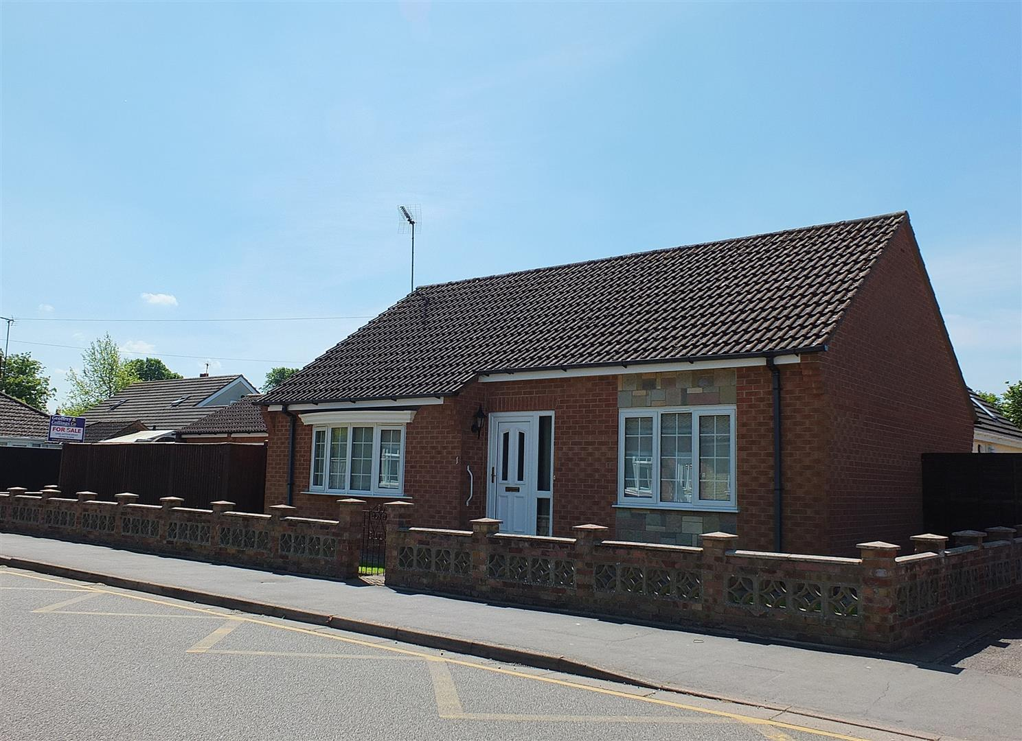 2 bed detached bungalow for sale in Long Sutton Spalding, PE12 9EP, PE12