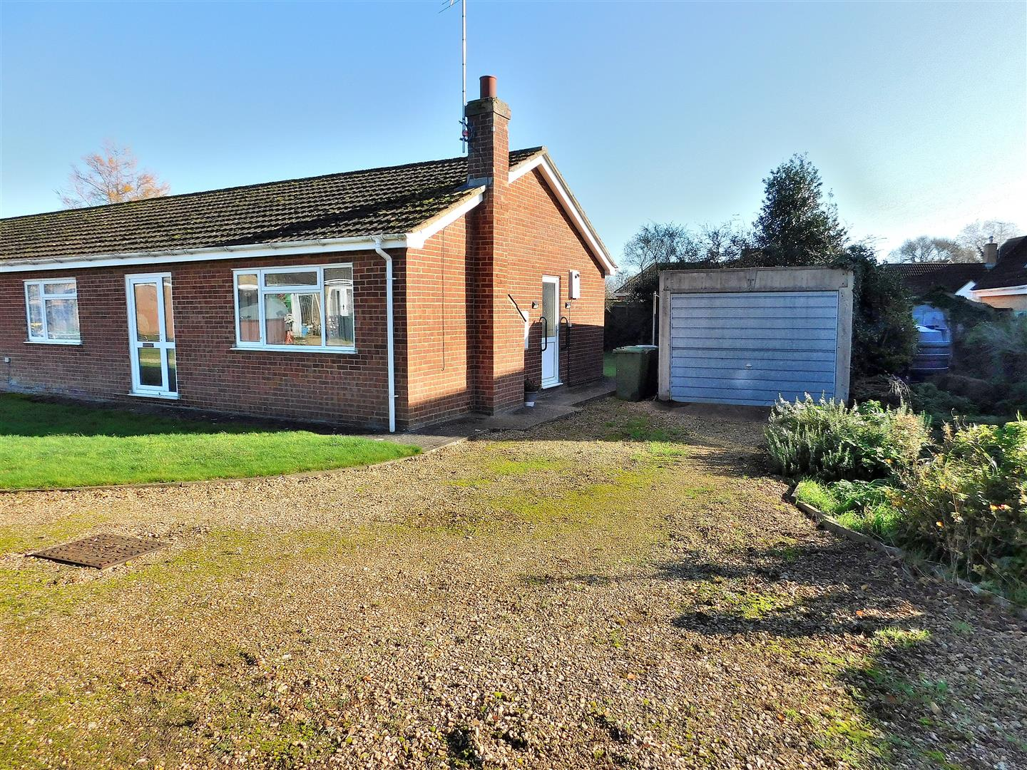 2 bed semi-detached bungalow for sale in The Saltings, King's Lynn, PE34