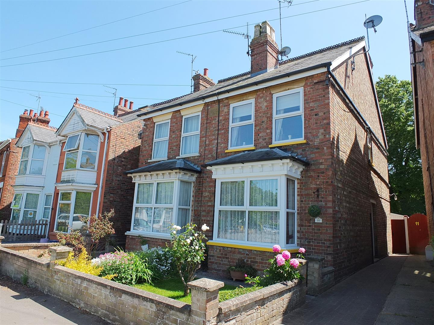 3 bed semi-detached house for sale in Long Sutton Spalding, PE12 9HB, PE12