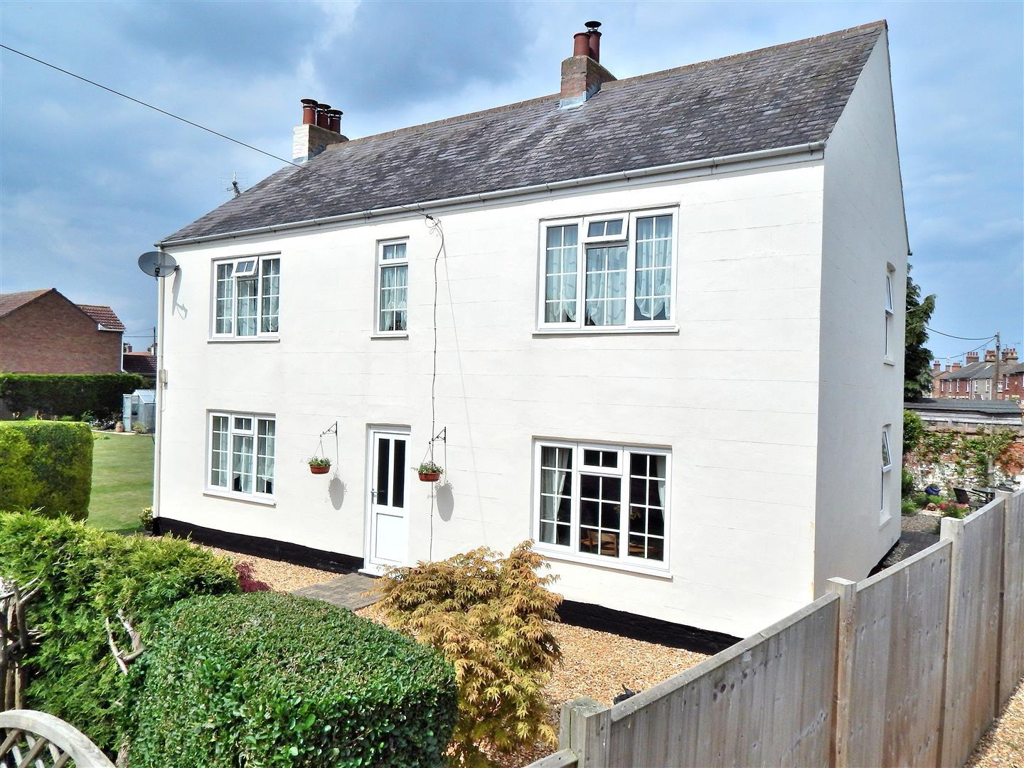 4 bed detached house for sale in 3 Hillgate Street, Terrington St. Clement King's Lynn - Property Image 1