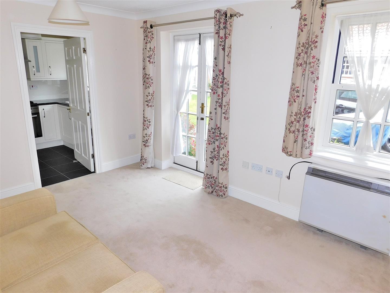 2 bed flat for sale in Chapel Street, King's Lynn 1