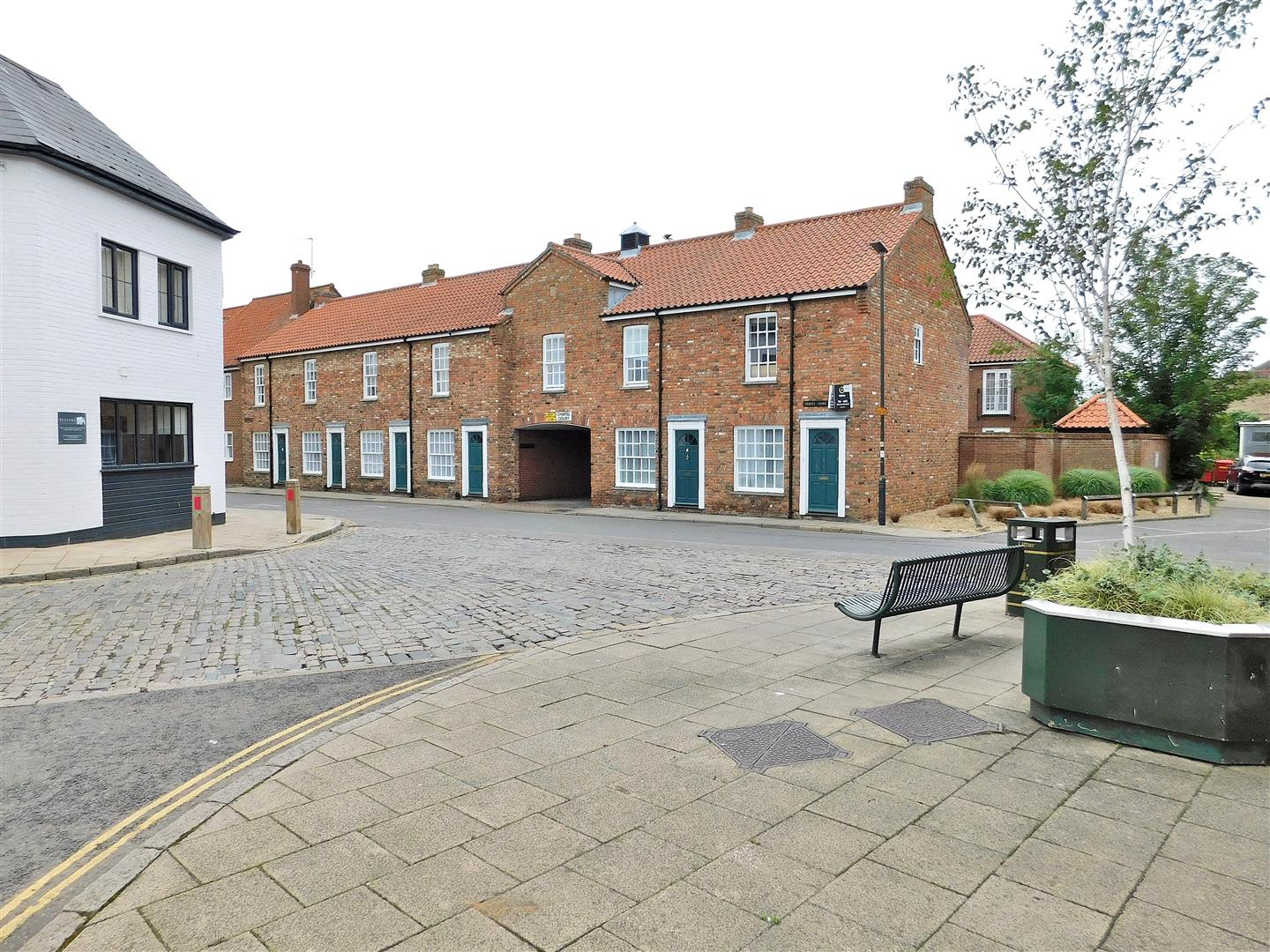 2 bed flat for sale in King's Lynn, PE30 1EG  - Property Image 11