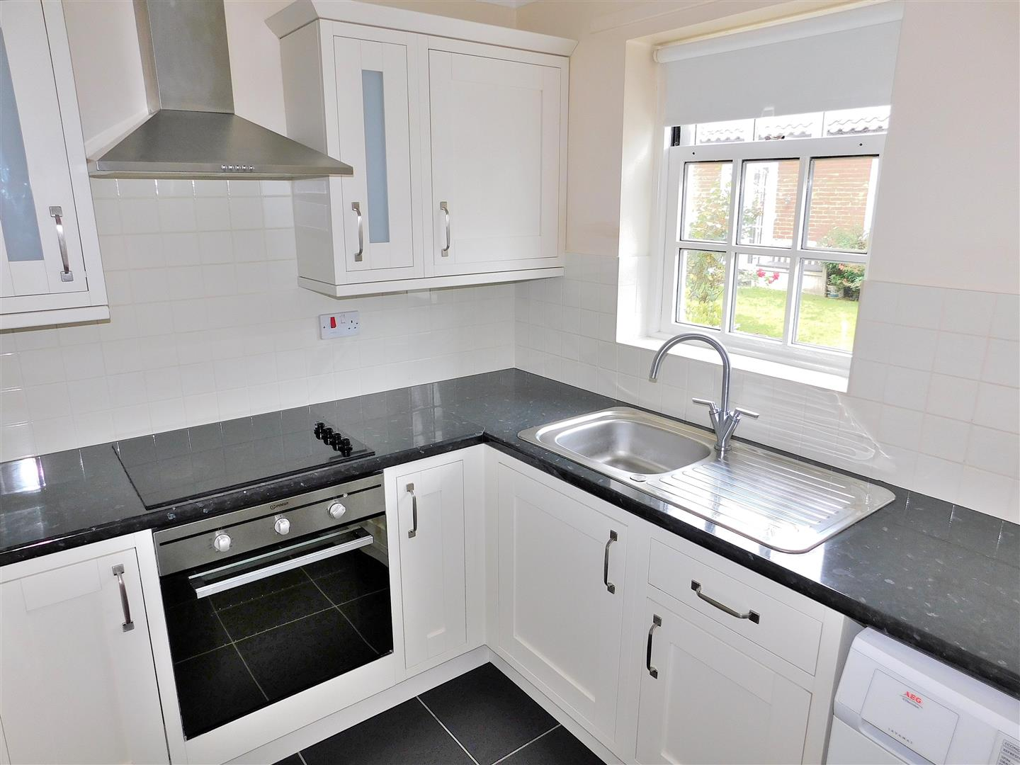 2 bed flat for sale in King's Lynn, PE30 1EG  - Property Image 5
