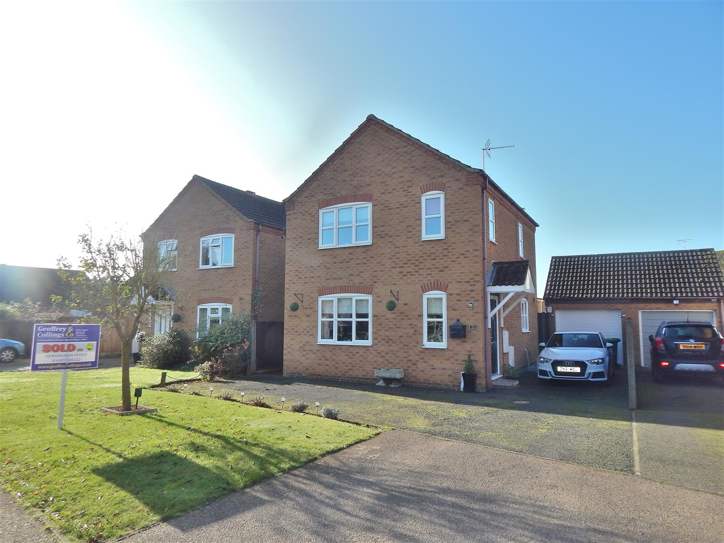 3 bed detached house for sale in King's Lynn, PE31 6XX  - Property Image 1