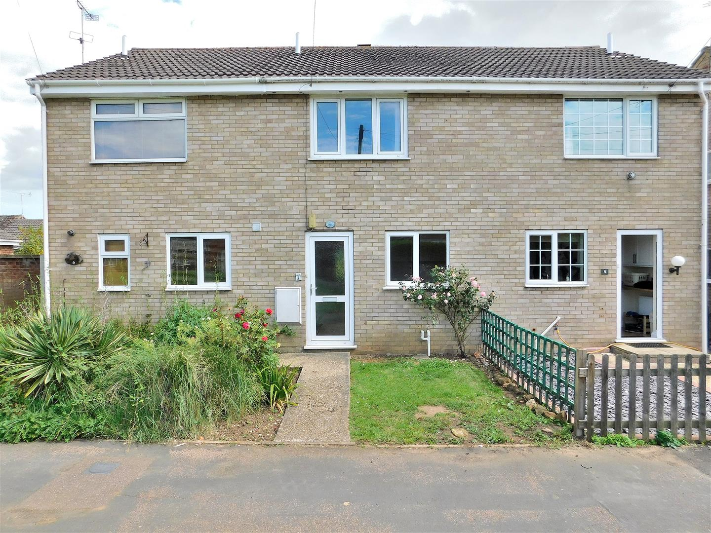 2 bed terraced house for sale in King's Lynn, PE31 7JN - Property Image 1
