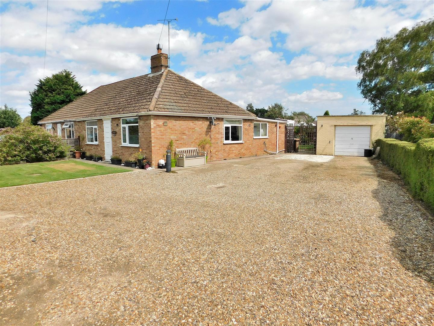 2 bed semi-detached house for sale in Coronation Road, King's Lynn - Property Image 1
