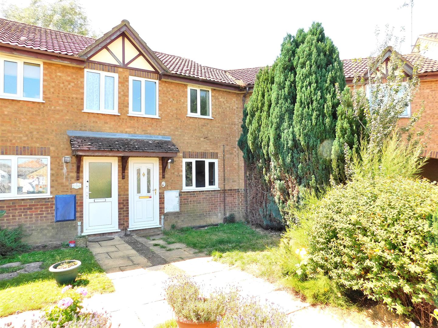 2 bed terraced house for sale in King's Lynn, PE34 4RQ  - Property Image 1