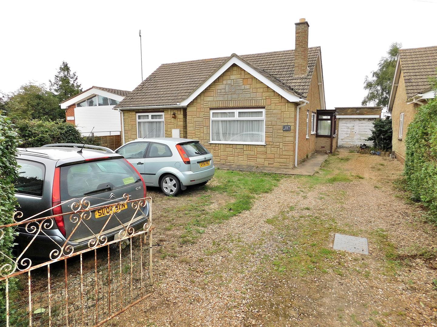 2 bed detached bungalow for sale in Wisbech, PE14 7QD, PE14