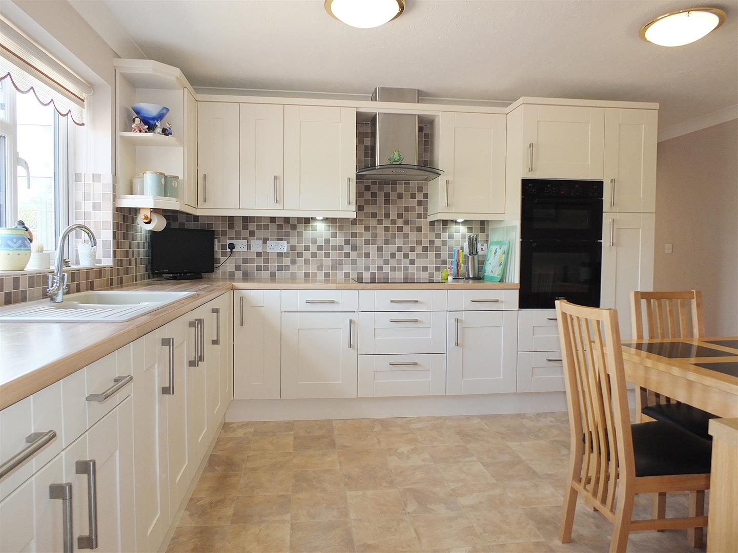 3 bed detached bungalow for sale in Long Sutton Spalding, PE12 9FT 2